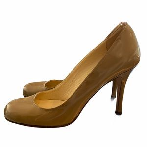 Kate Spade nude patent leather heels 7B